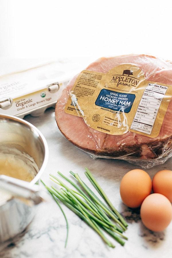 Ингредиенты для яичницы на слоеном тесте