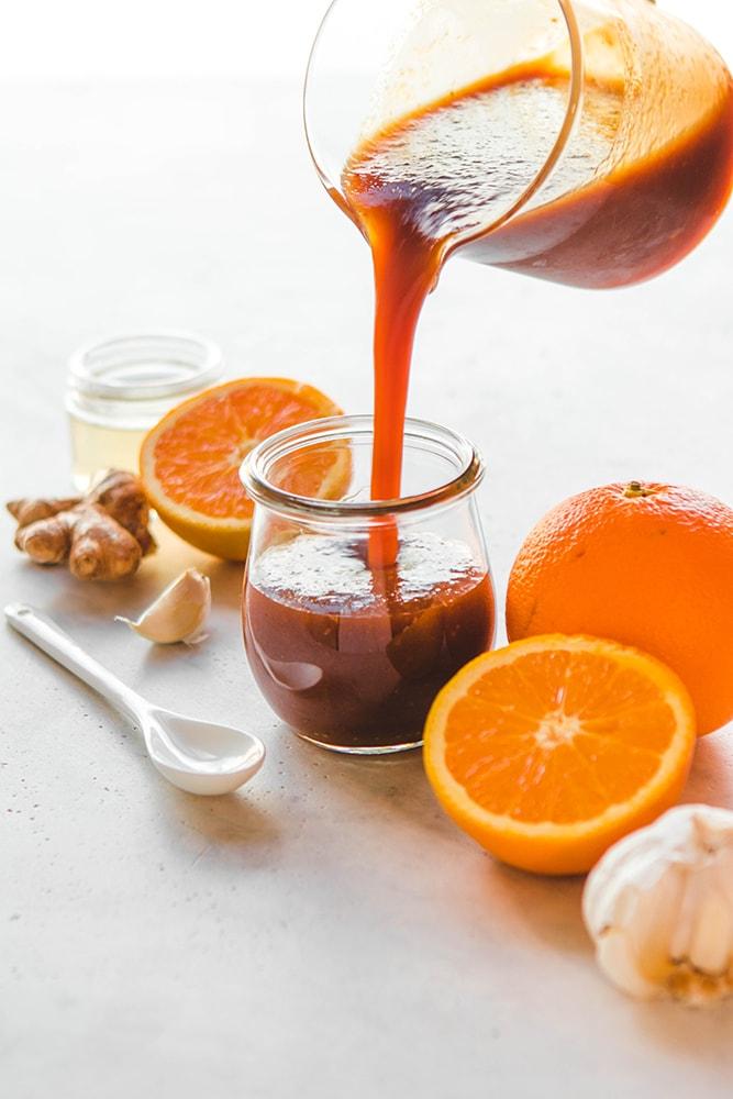 Фотография апельсиново имбирного соевого соуса к мясу
