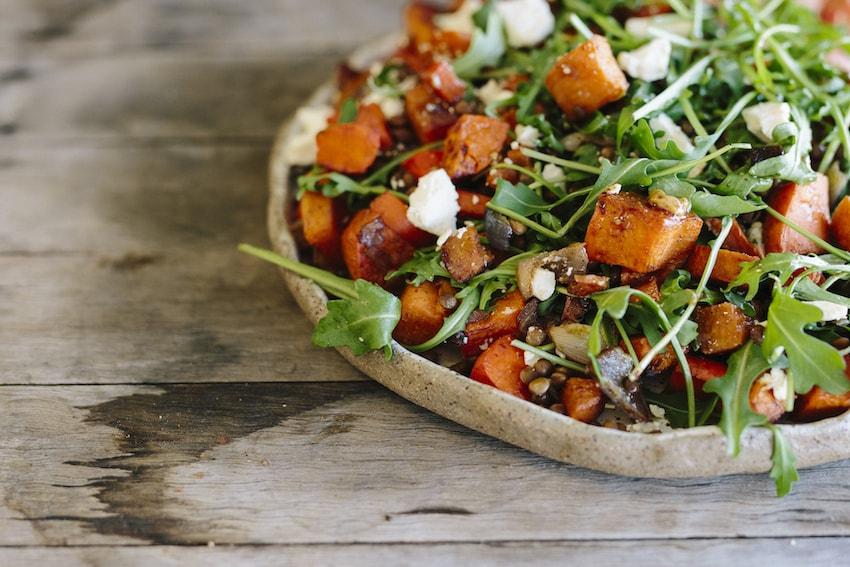 Салат с чечевицей простой рецепт с фото