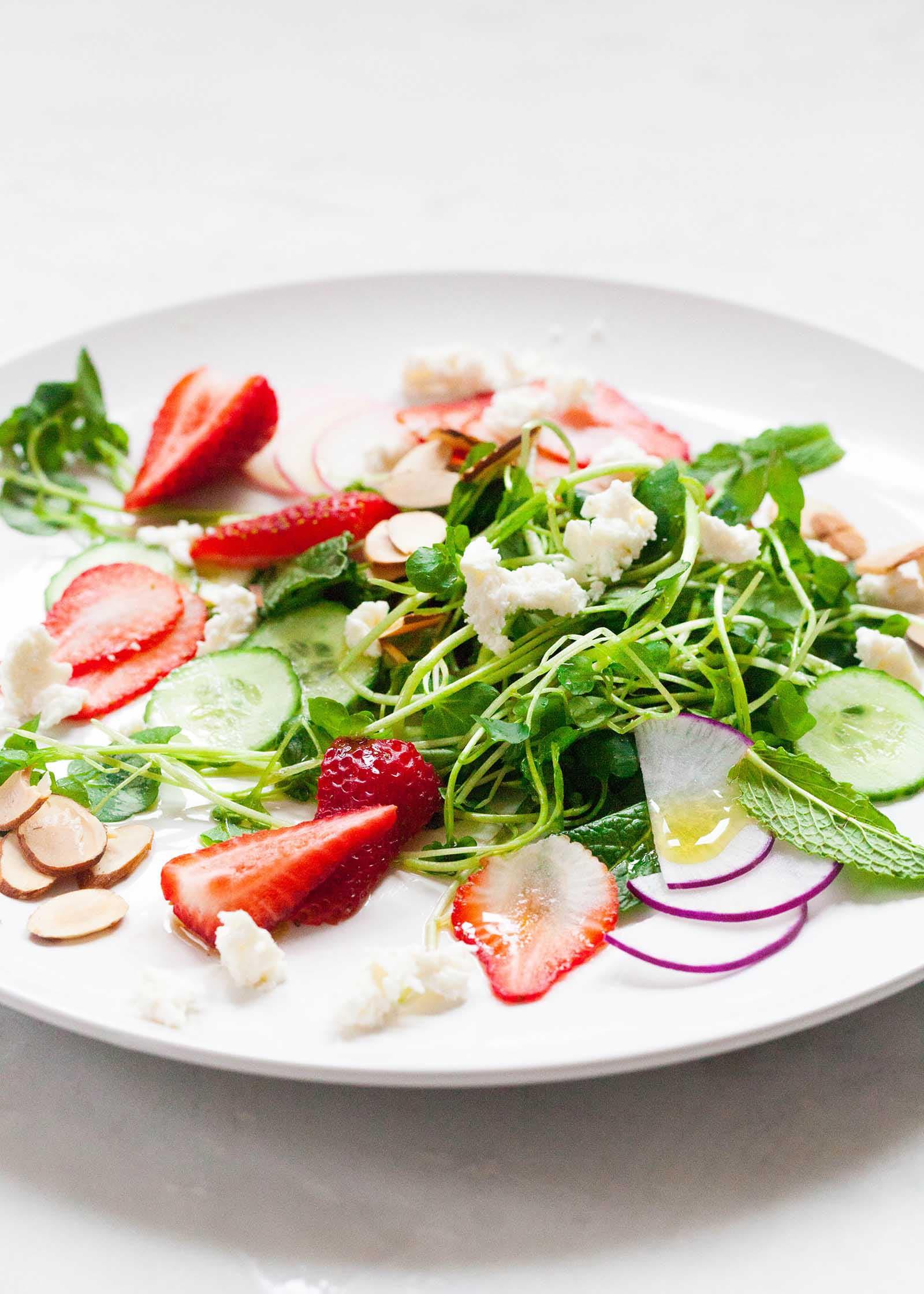Салат с кресс салатом рецепт с фото