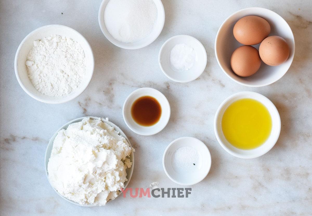 Ингредиенты для приготовления классических сырников