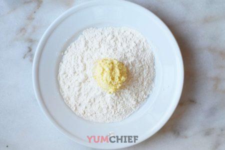 Фото приготовления сырника из творога