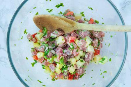 Приготовление тартара из тунца