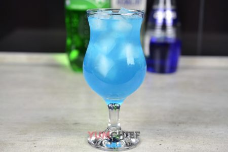 Рецепт коктейля Голубая лагуна